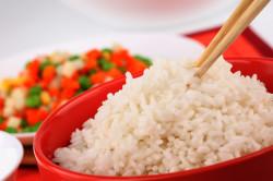 Отварной рис для выведения лишней жидкости из организма
