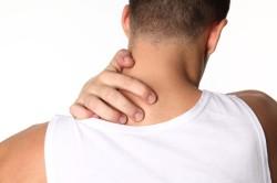 Боль в руках при шейном остеохондрозе