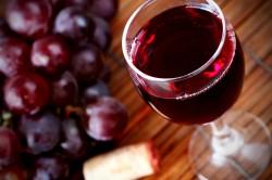 Красное вино при лечении артрита