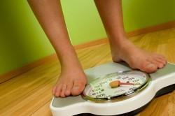 Избыточный вес как причина остеохондроза коленного сустава