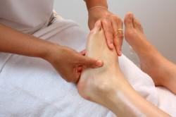 Польза массажа при артрозе голеностопного сустава