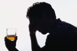 Злоупотребление алкоголем - причина артрита